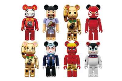 tokyo-skytree-x-medicom-toy-400-bearbrick-manekineko-daruma-gold-1