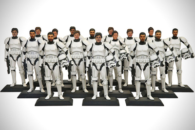 disney-turns-fans-into-star-wars-stormtroopers-with-a-3d-face-scanner-01